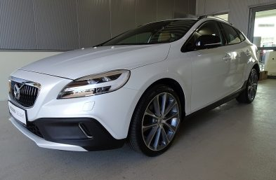Volvo V40 Cross Country T5 AWD Cross Country Pro Geartronic bei Grünzweig Automobil GmbH in