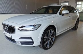 Volvo V90 Cross Country Pro D5 AWD Geartronic bei Grünzweig Automobil GmbH in